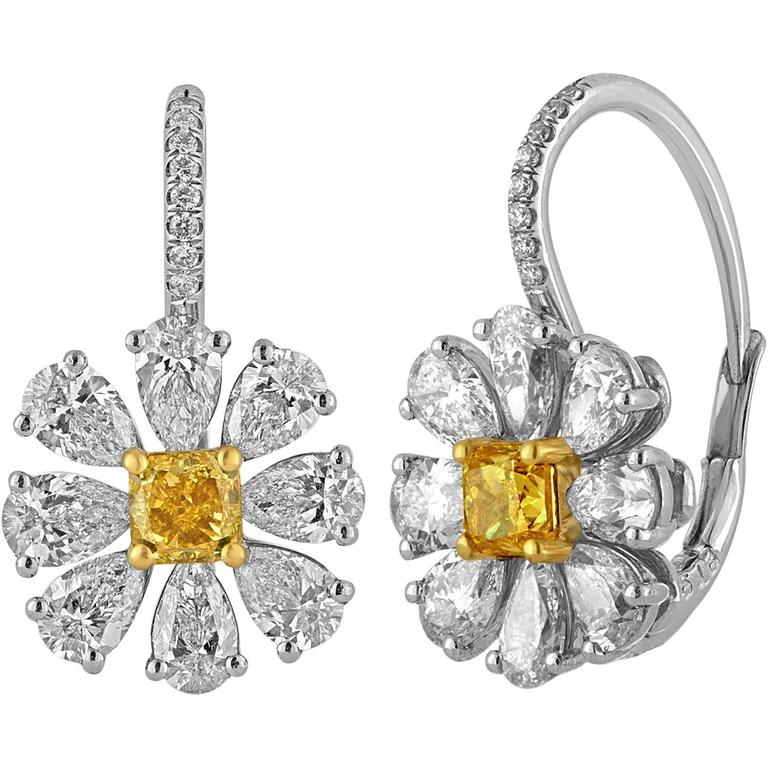 4.12 Carat Fancy Intense Yellow And White Diamonds Platinum Gold Daisy Earrings For Sale
