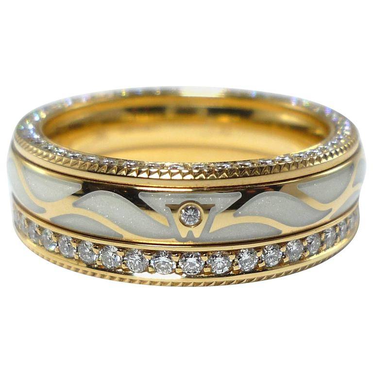 Unique Wellendorff Enamel Diamond Yellow Gold Wings Eternity Band Ring at  HQ88