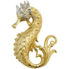 Diamond Gold Seahorse Pendant