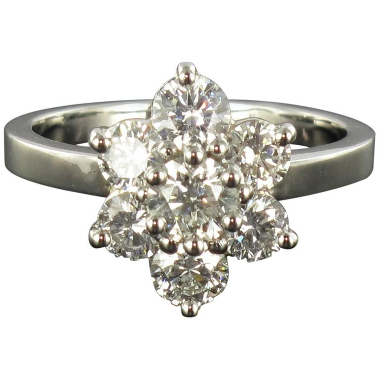 New French Diamond Platinum Daisy Ring