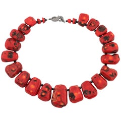 Graduated Natural Coral and Spinel Necklace