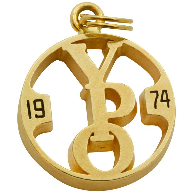 1974 14 Karat Yellow Gold Charm