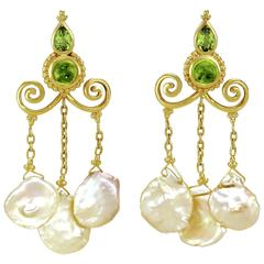 Crevoshay Handmade Peridot Pearl Gold Earrings