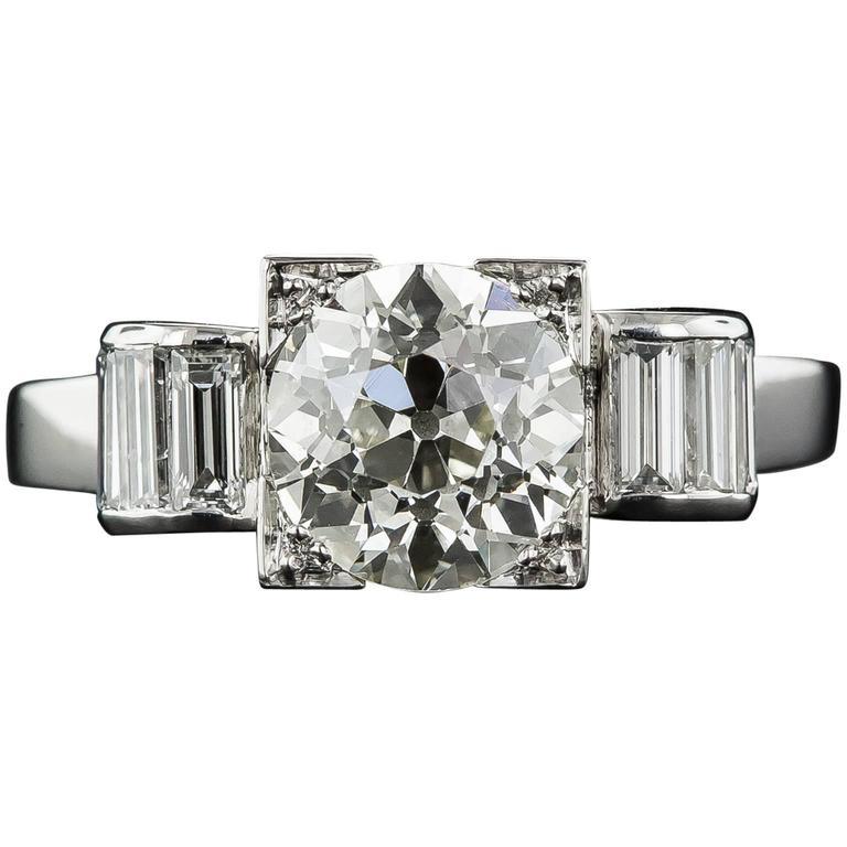 Art Deco 2.50 Carat Diamond Platinum Engagement Ring
