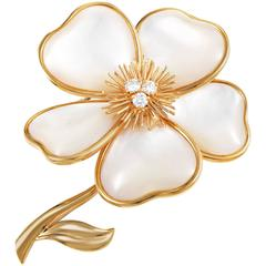 Van Cleef & Arpels Clematis Mother of Pearl Diamond Gold Brooch