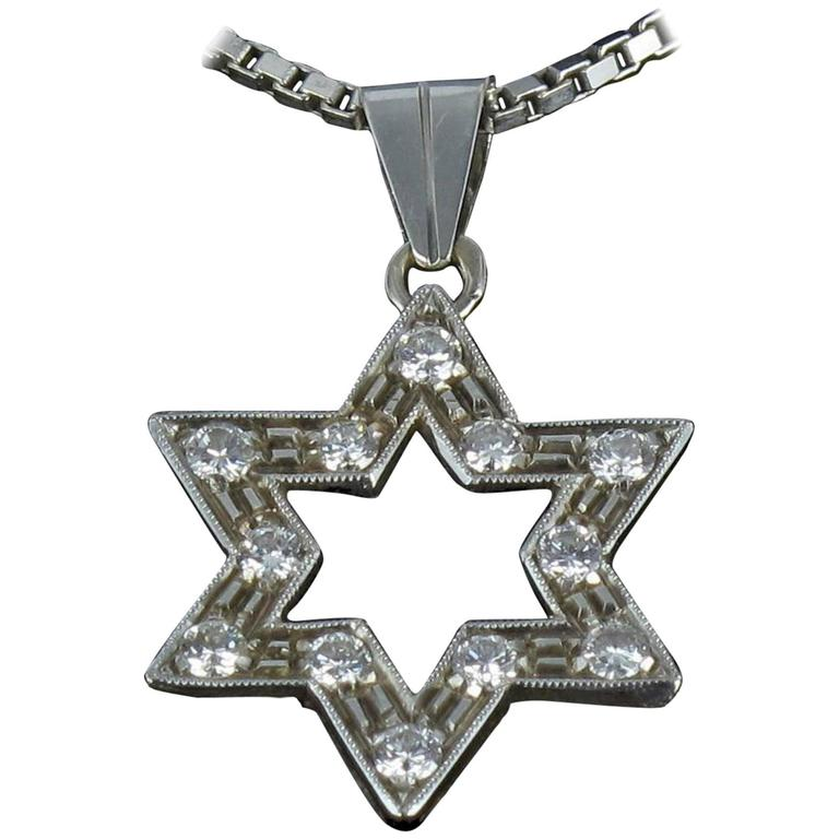 Diamond Gold Star Pendant with Chain  1