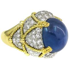 David Webb Exceptional Cabochon Star Sapphire Diamond Gold Platinum Ring