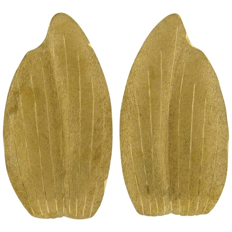 Buccellati Gold Leaf Motif Earrings