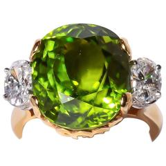 Richard Krementz 16.73 Carat Peridot Oval Diamonds Gold Platinum Ring