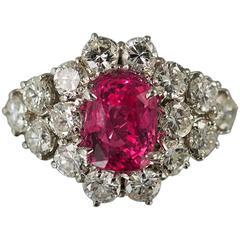 Unheated GIA Cert 3.24 Carats Pink Sapphire Diamond Gold Ring
