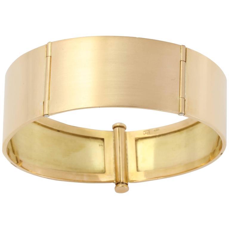 1950s Gold Hinged Bangle Bracelet