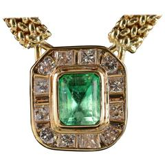 2.91 Carat Emerald Diamond Gold Halo Necklace