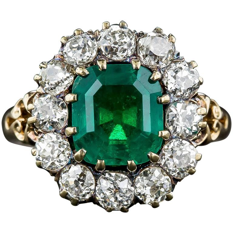 Victorian 2.75 Carat Emerald Diamond Gold Cluster Ring