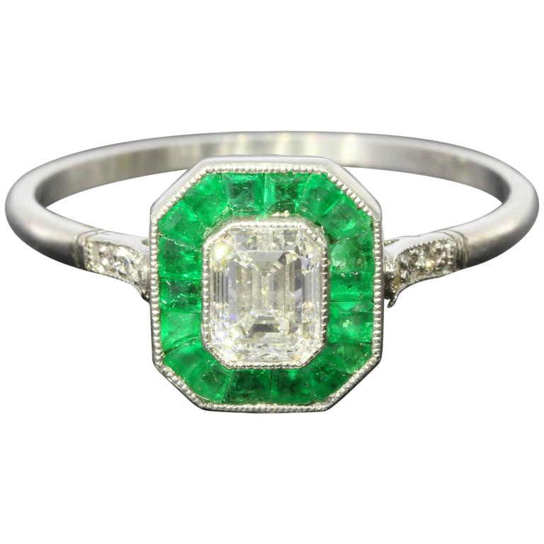 54 carat emerald platinum halo engagement ring at