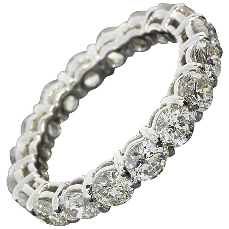 2.90 Carats Round Diamonds Gold Eternity Wedding Band Ring