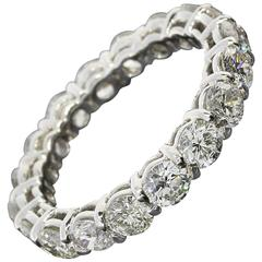 2.90 Carats Round Diamonds Gold Eternity Wedding Band Ring