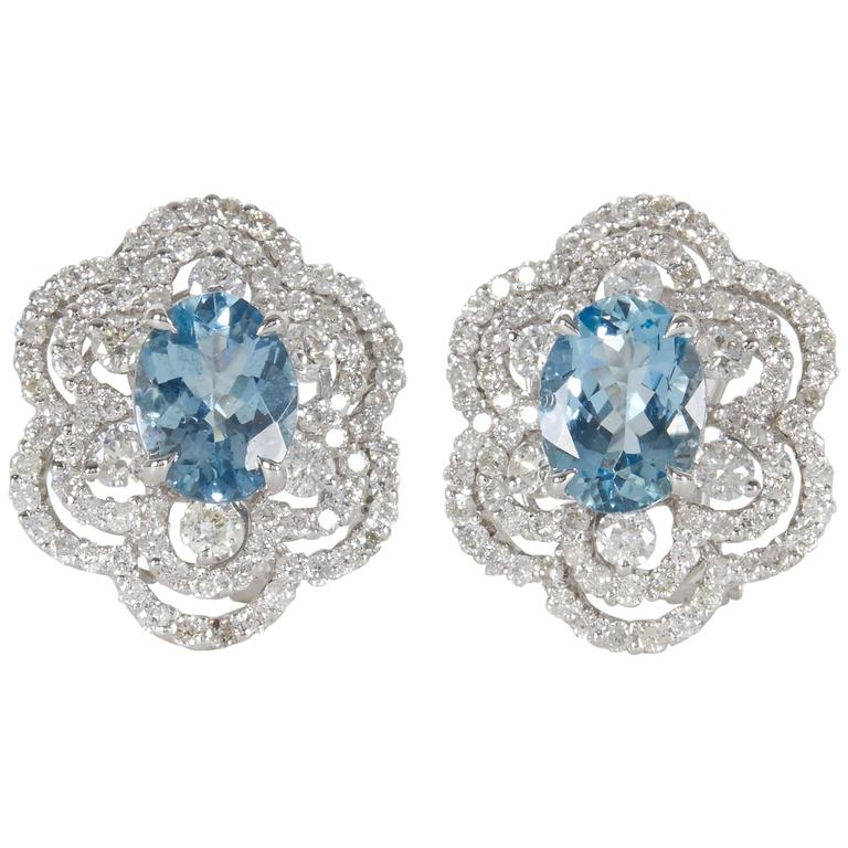 Stunning Aquamarine Diamond Gold Earrings