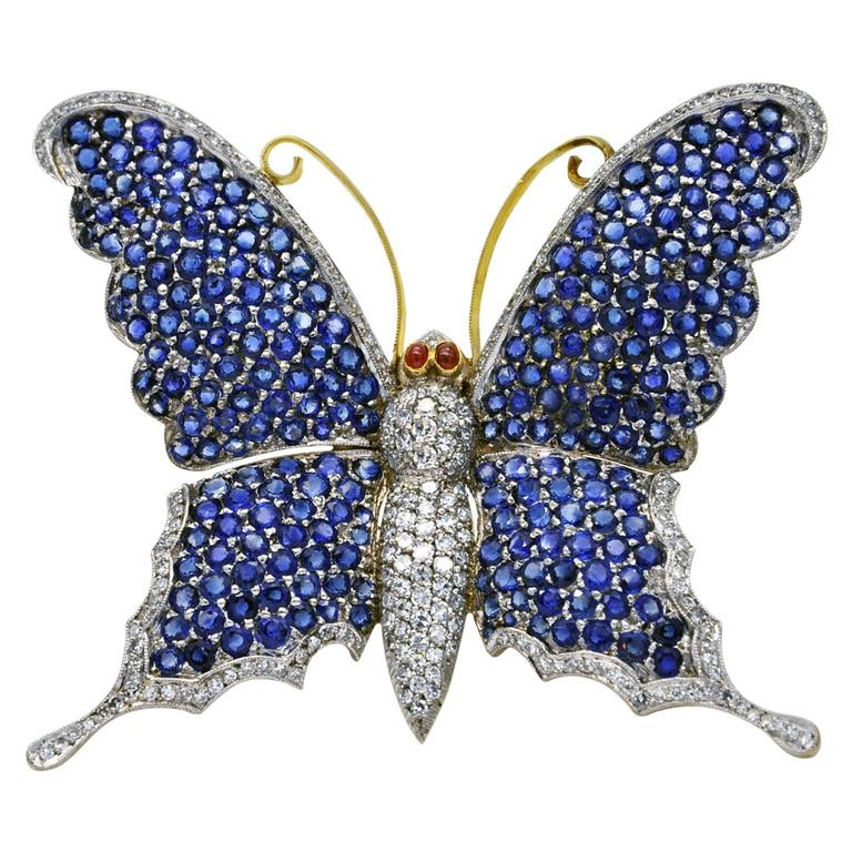 Large Butterfly Brooch, Sapphires Diamonds on Gold For Sale