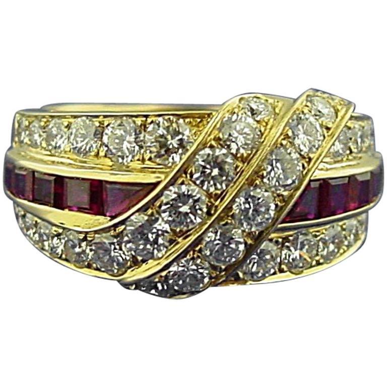 Van Cleef & Arpels Ruby Diamond Gold Ring For Sale