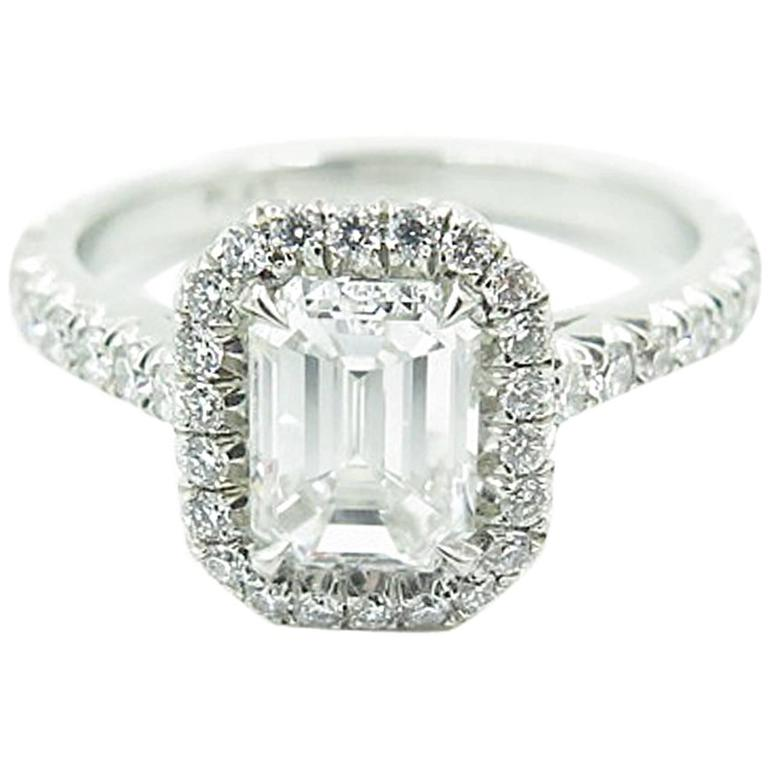 gorgeous emerald cut platinum engagement ring for