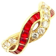 ON SALE! Tiffany & Co. Gorgeous Crossover Diamond 1.00 Carat of Ruby & Gold Ring