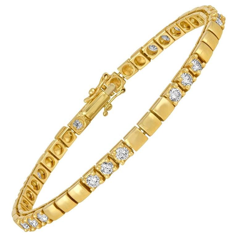 2.15 Carat Diamond Gold Tennis Bracelet For Sale