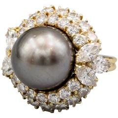 Harry Winston Cultured Pearl Diamond Gold Dome Ring