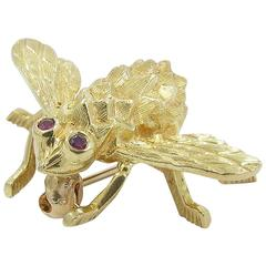 Hammerman Brothers Ruby Gold Bee Brooch Pin