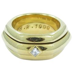 Piaget Rotating Center Band Princess Cut Diamond Gold Band Ring