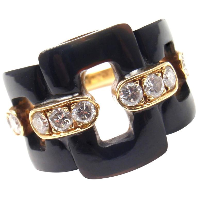 Van Cleef & Arpels Black Onyx Diamond Gold Ring
