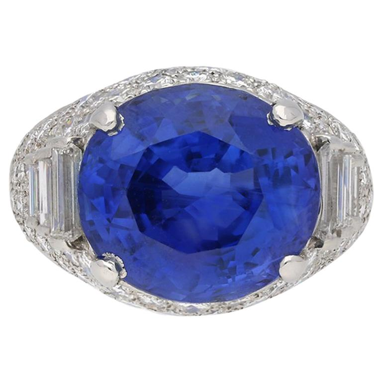 Natural Sapphire and Diamond Cluster Ring by Oscar Heyman Brothers, circa 1960s