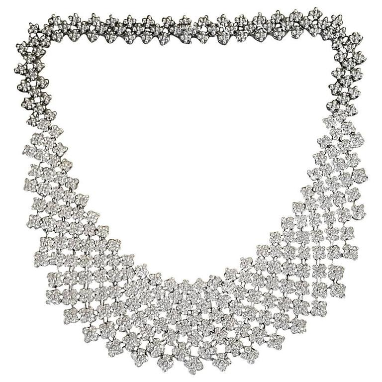 20 Carats Diamonds Gold Bib Collar Flower Necklace  1