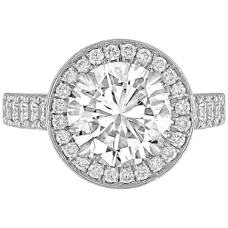 GIA Certified 3.01 Carats I VS1 Diamond Platinum Ring For Sale