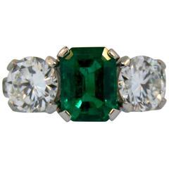 1940s 2.24 Carat GIA Cert Colombian Emerald Diamond Platinum Ring