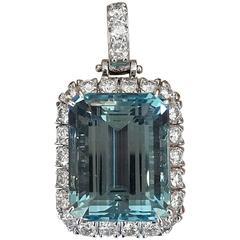 28.61 Carat Aquamarine Diamond Gold Custom Design Pendant