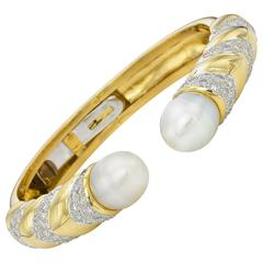 Baroque Pearl Gold Hinge Cuff Bracelet