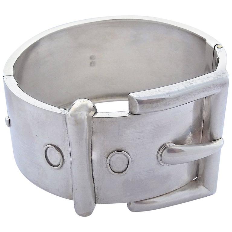 Antique Silver Buckle Bracelet For
