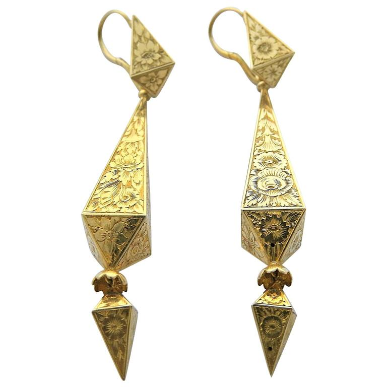 Antique Engraved Gold Drop Earrings