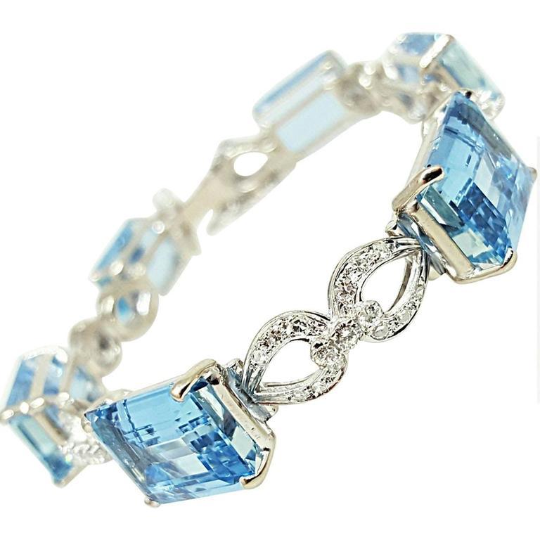 Aquamarine Diamond Gold Link Bracelet
