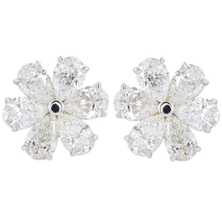 6.28 Carat Diamonds Gold Flower Earrings