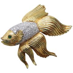 Emerald Diamond Gold Platinum Beta Fish Pin Pendant Brooch