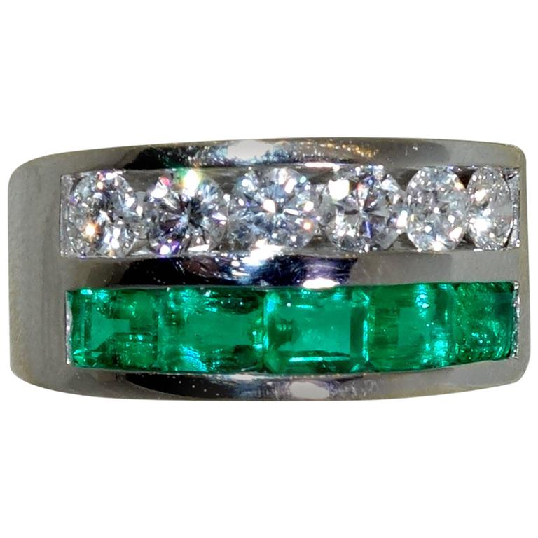 emerald gold band ring at 1stdibs