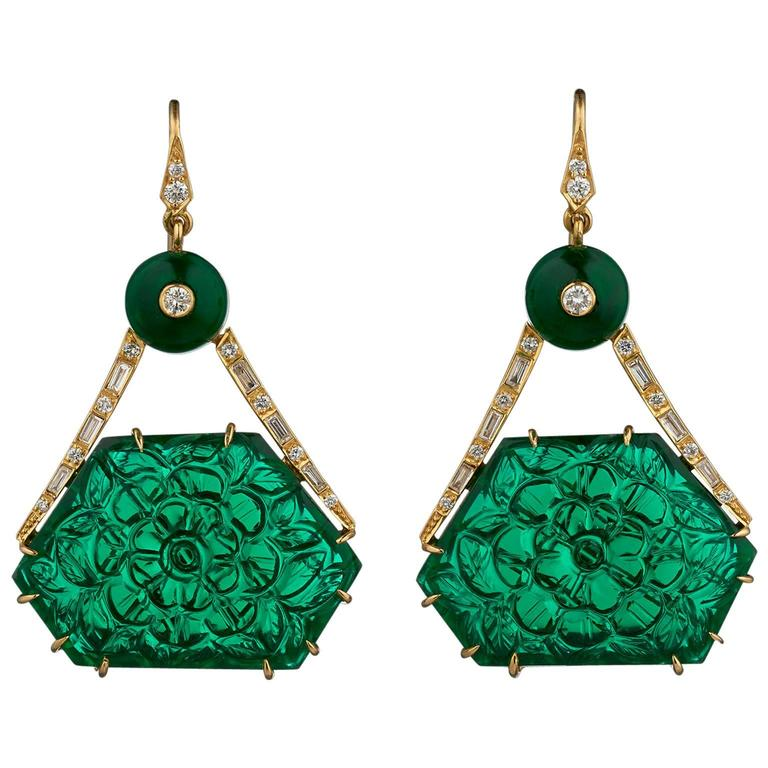 Indian Carved Green Crystal Emerald Diamond Gold Earrings