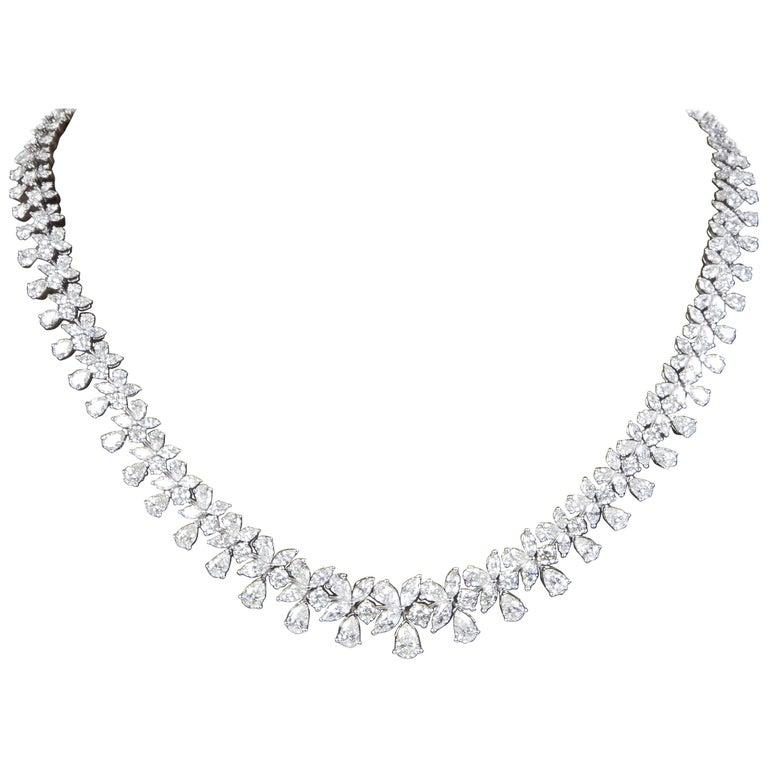 e64e5cac39 Classic 26 Carat Diamond Necklace For Sale at 1stdibs