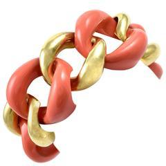 Bold Curb Link Gold Bracelet