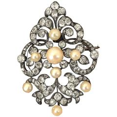Elegant Victorian Pearl and Diamond Brooch/Pendant