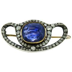 Late 19th Century Sri-Lankan No Heat Sapphire Diamond Silver Gold Brooch