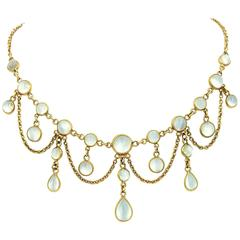 Victorian 20 Carats Gorgeous Moonstones Gold Festoon Necklace