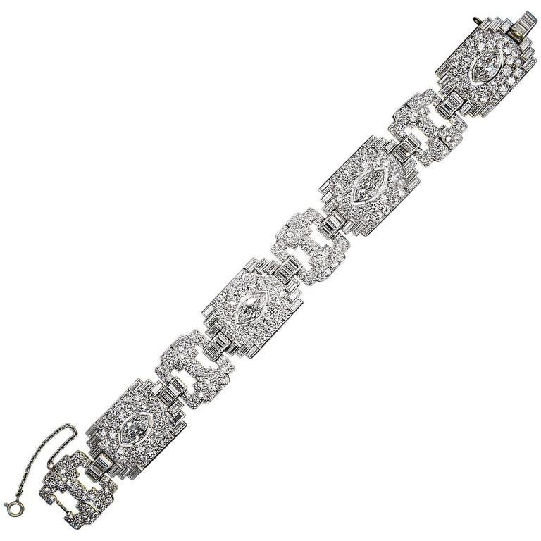 Art Deco Exceptional 23 Carats Diamonds Platinum Bracelet