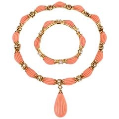 Van Cleef & Arpels Coral Diamond Gold Set